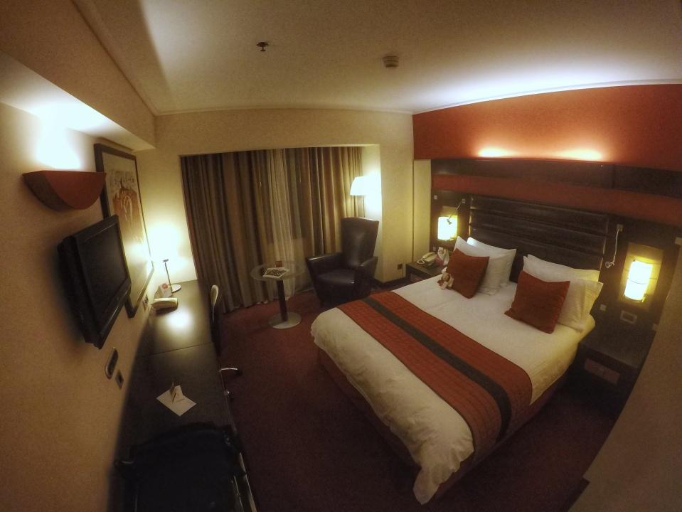 Crowne Plaza Athens Room