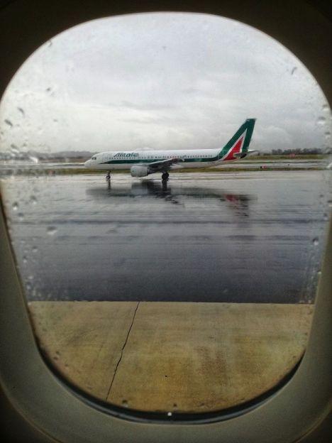 Alitalia Taxiing A320