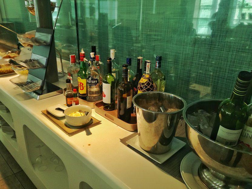 Valencia Airport VIP Lounge (3)